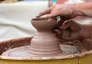 potters_wheel_clay_sculpt_221395