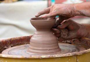 potters_wheel_clay_sculpt_221395